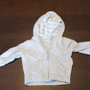3 for $30 Old Navy hoodie 6-12 mos.Shows no wear